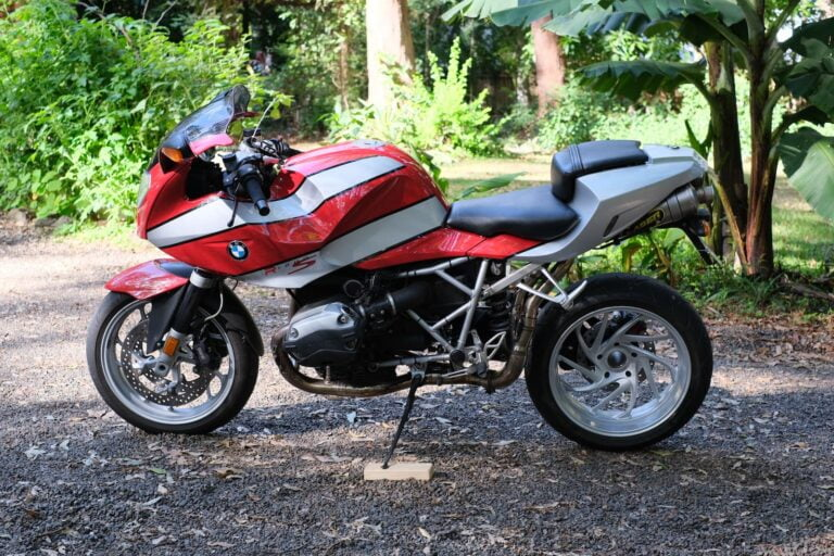 The BMW R 1200 S: Unique, Awesome, Ultra-Classic