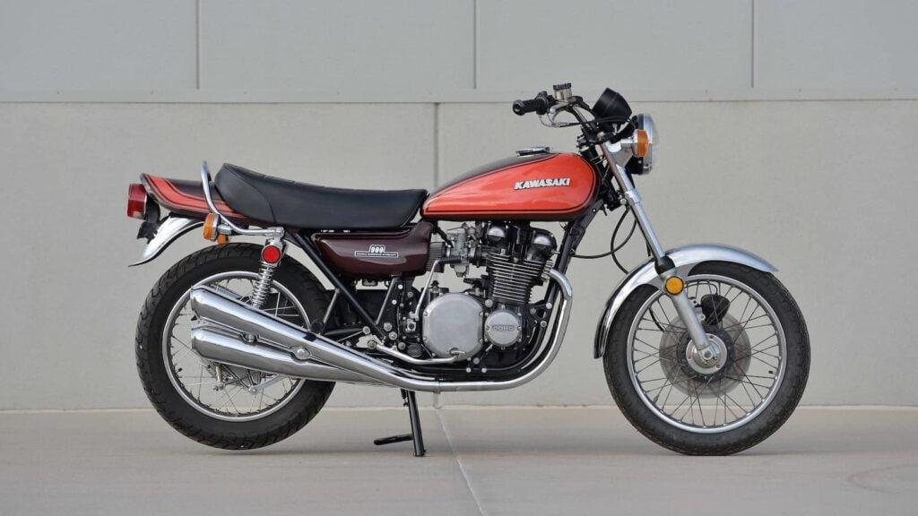 Kawasaki Z1 in burnt orange, restored. the predecessor to the Z1000.