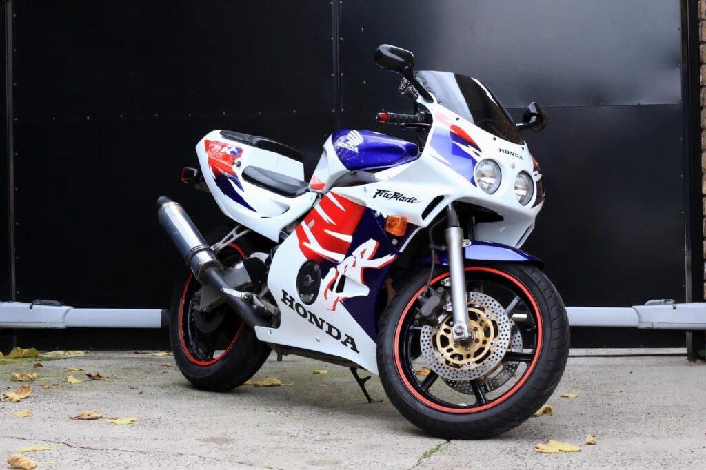 The original four-cylinder 250cc sport bike — the MC22 Honda CBR250RR