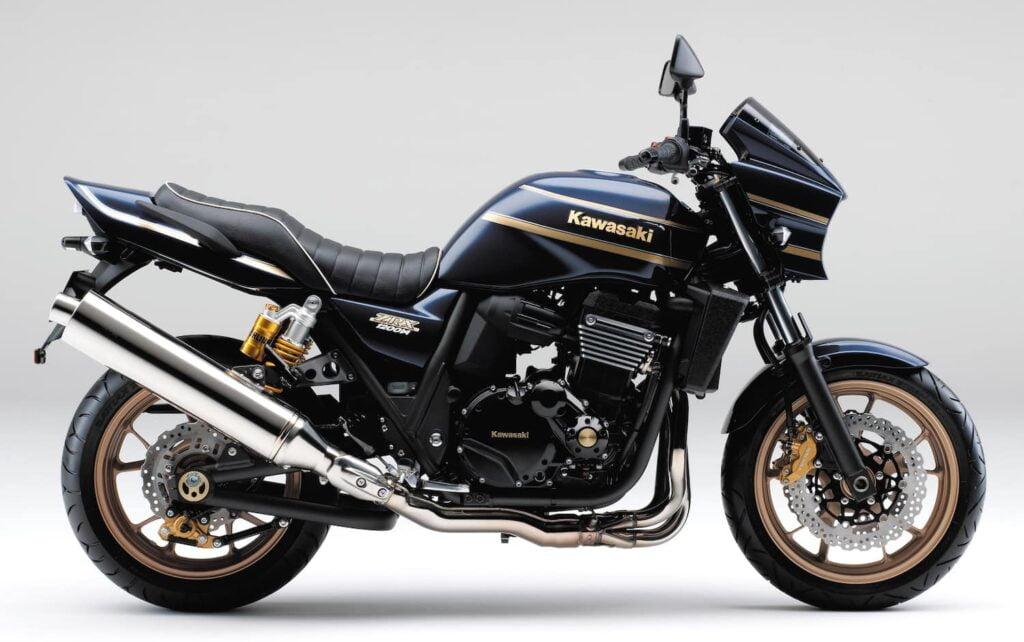 Black Kawasaki ZRX1200 DAEG