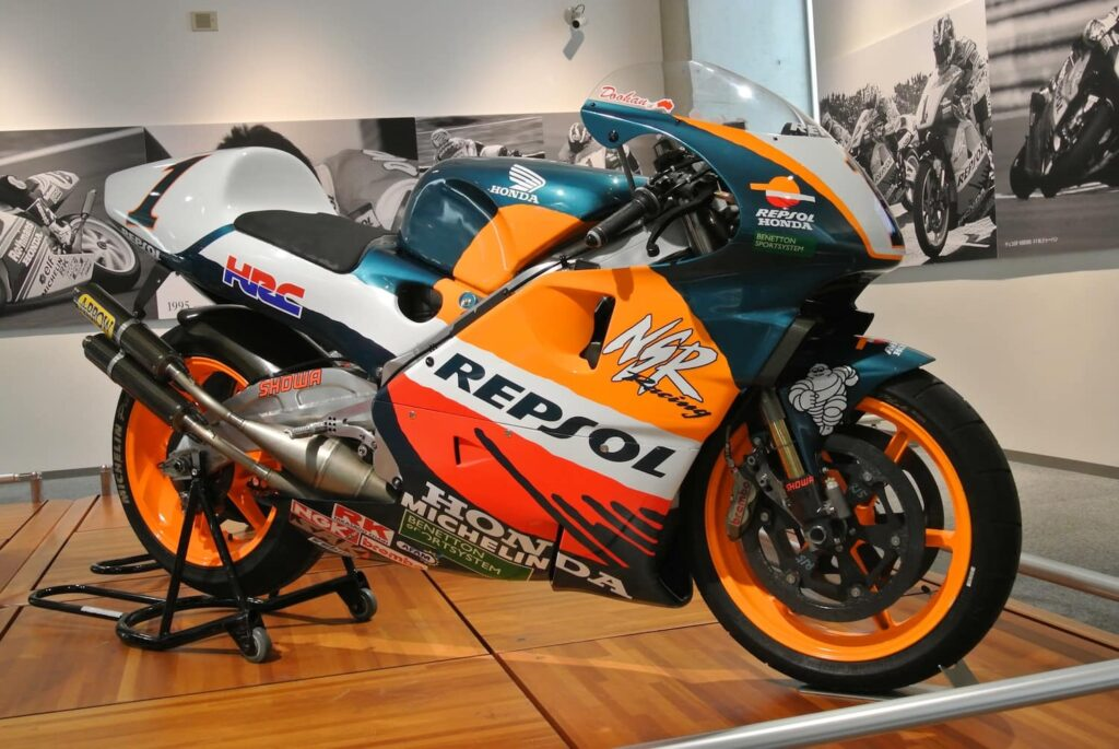 Honda NSR500 v-4 2-stroke with 200hp, one of the most amazing Honda motorcycles ever