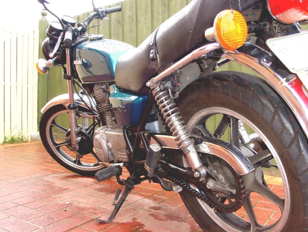 motofomo first motorcycle - kawasaki z200