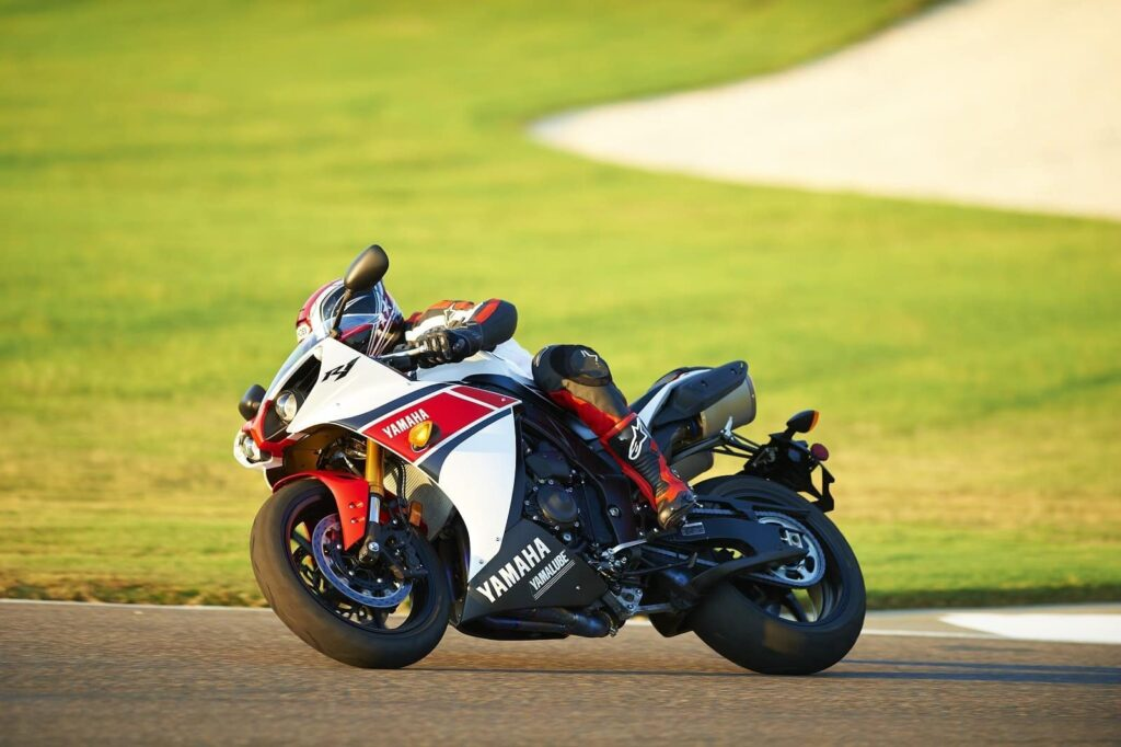 2012 pearl white red yamaha r1 on track
