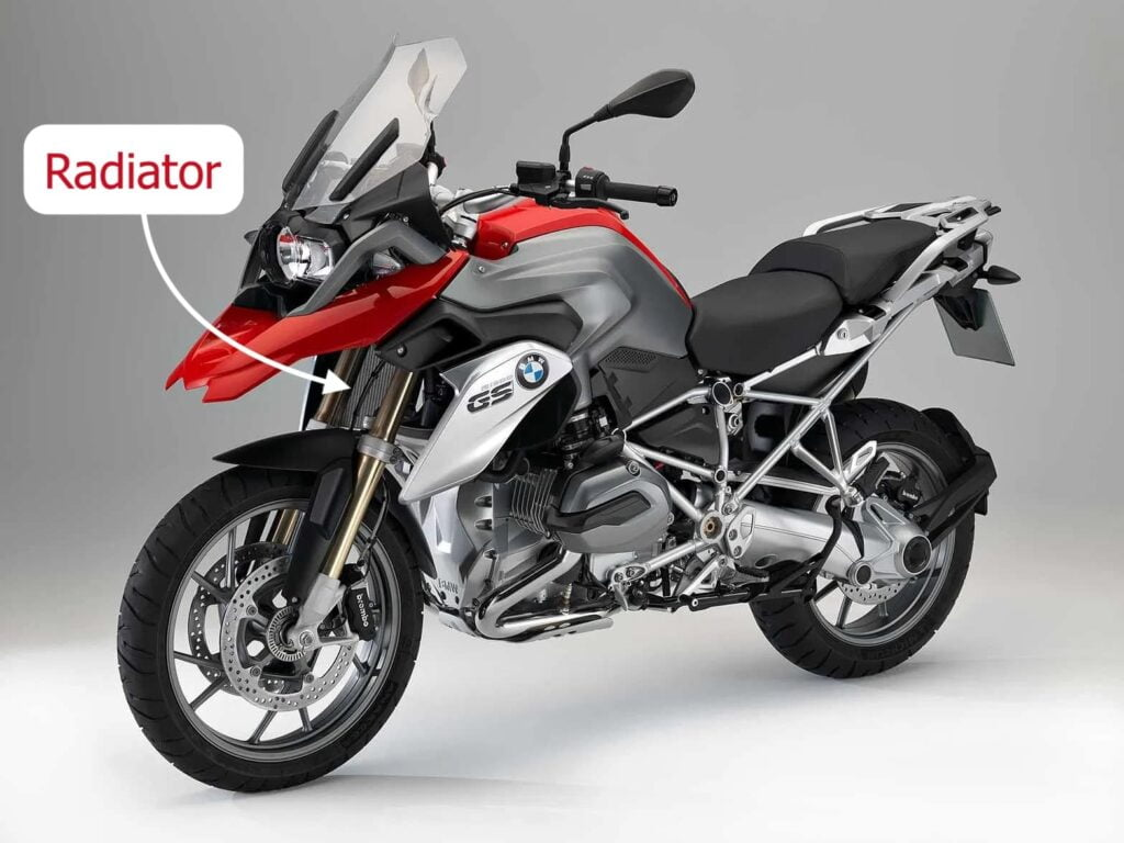 2013 BMW R1200GS Wethead with water-cooling and a radiator