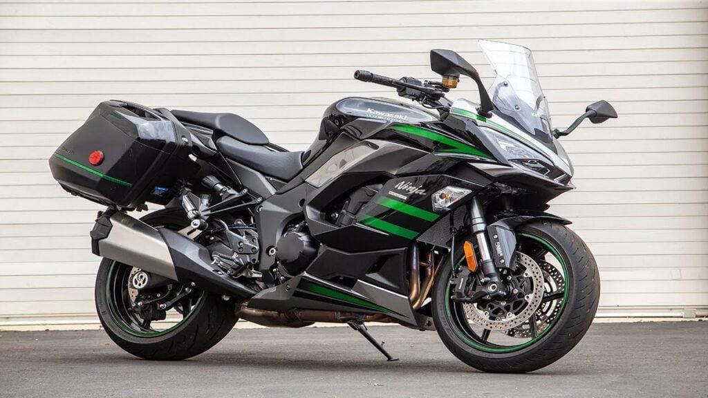 2020+ Kawasaki Ninja 1000SX - sport motorcycle with cruise control