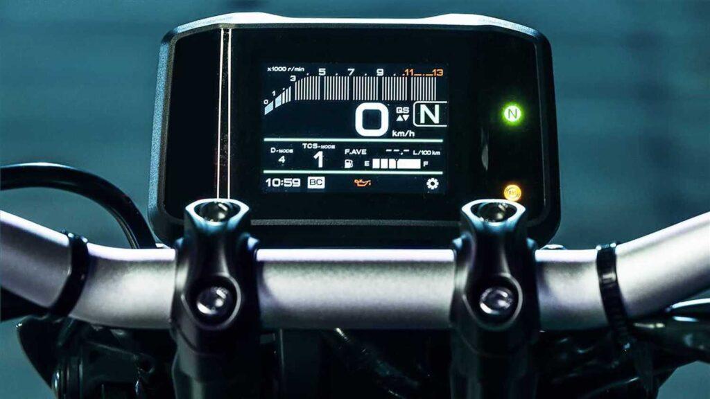 2021 Yamaha MT-09 TFT dash display