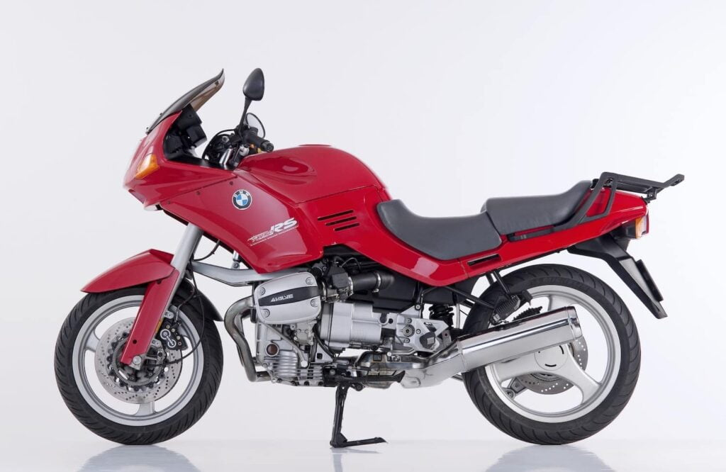 BMW R 1100 RS motorcycle - first oilhead engine