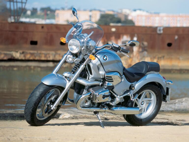 Before the R18: The BMW R1200C, the first BMW cruiser