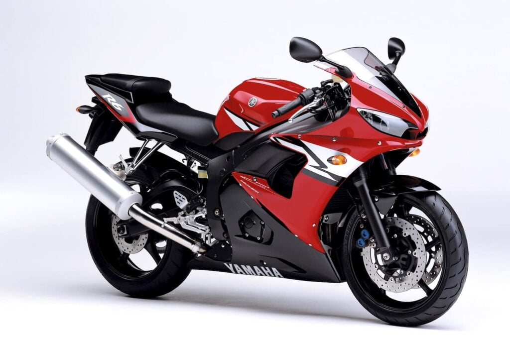The first fuel-injected Yamaha R6, released in 2003