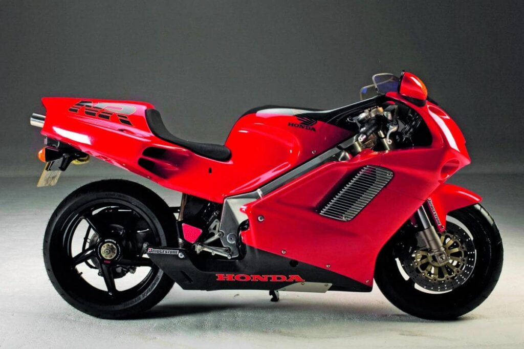 Honda NR750, design that inspired some elements of the Ducati 916