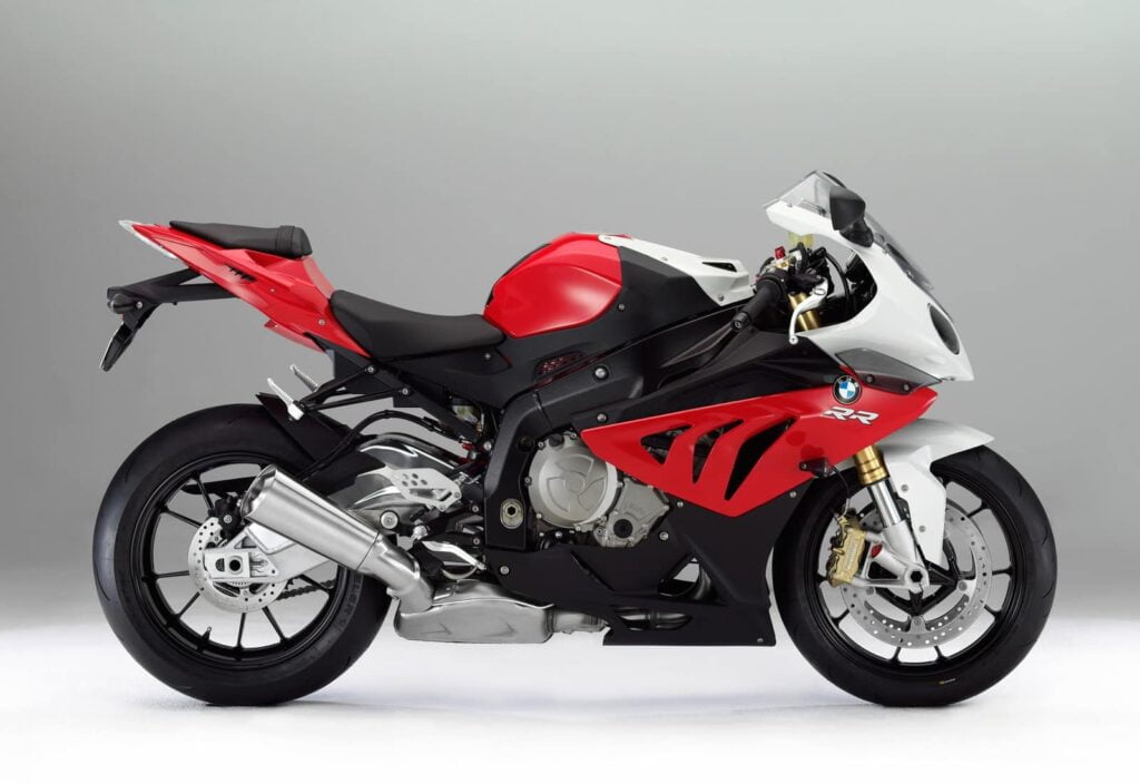 The 2014+ BMW S1000RR has cruise control