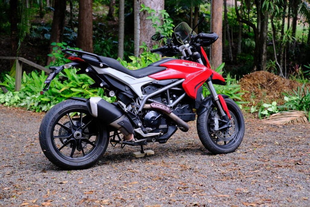 Ducati Hyperstrada 821 on side stand on gravel road