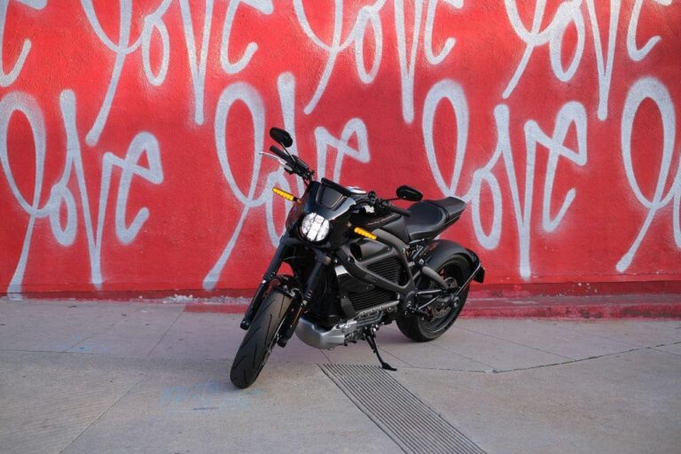 Harley-Davidson LiveWire Review —Can an Electric Motorcycle have Soul?