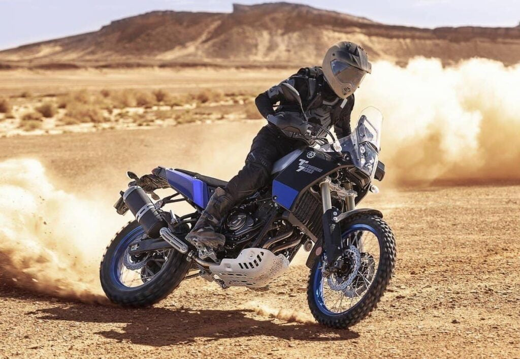 Yamaha Ténéré 700 - Tenere doing off-road work