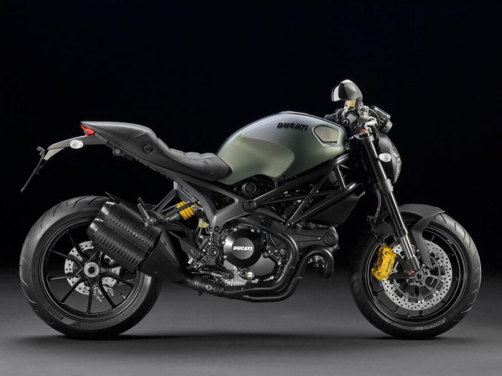 Ducati Monster 1100 - single-sided swing-arm, but still air-cooled