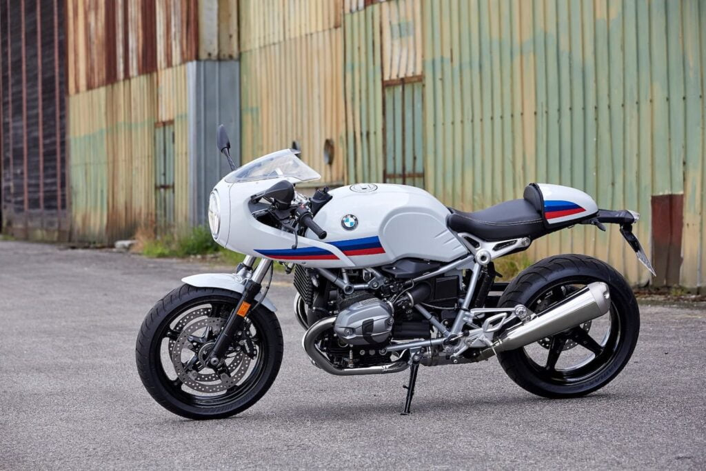 2017 BMW R nineT Racer in industrial setting (press image)