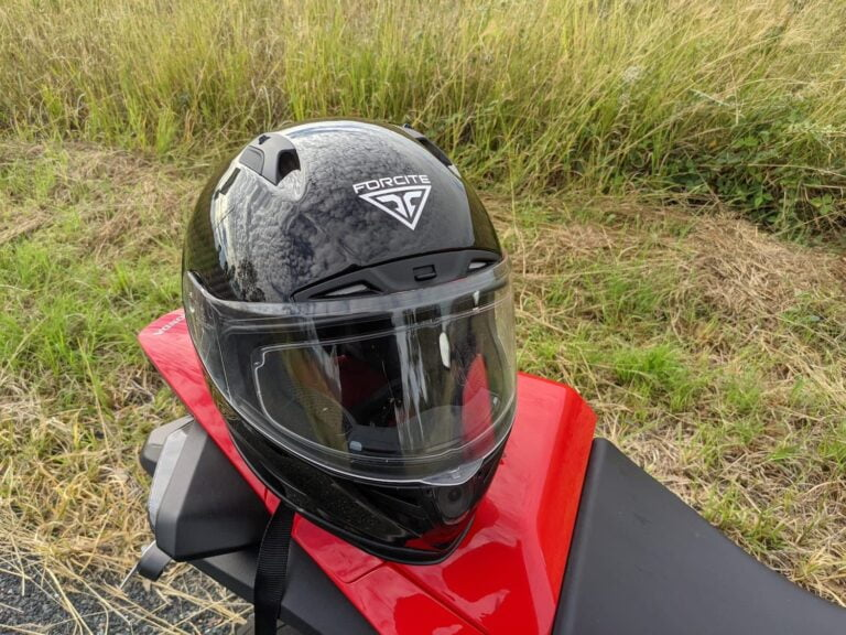 """Review of the Forcite """"Smart"""" Helmet — The Good, the Bad, and the Sexy"""