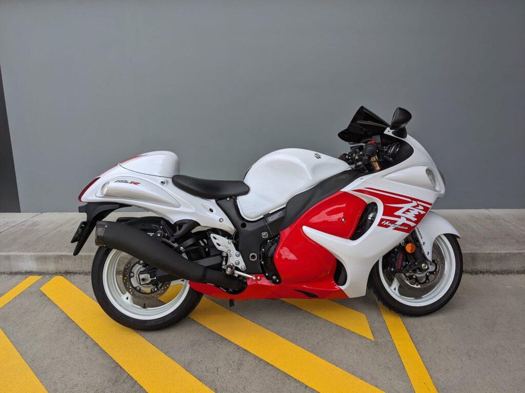 2018 Red and White Suzuki Hayabusa