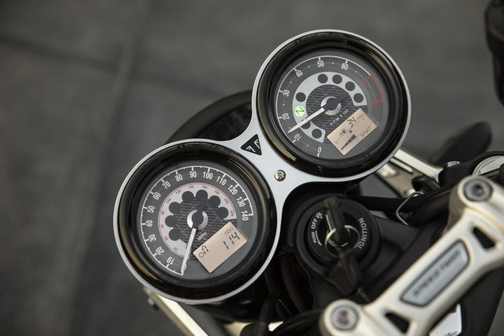 Gauges/clocks of the Triumph Speed Twin