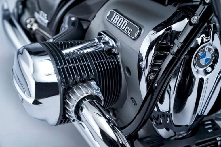 Liquid Cooling vs Air Cooling in Motorcycles — All the Facts