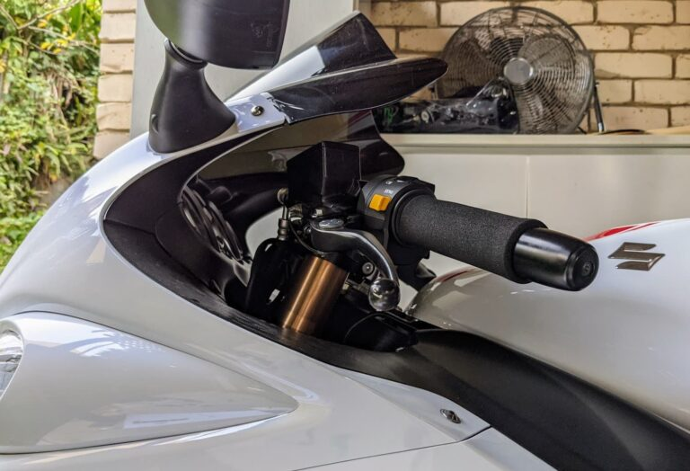 Suzuki Hayabusa HeliBars Quick Install Guide