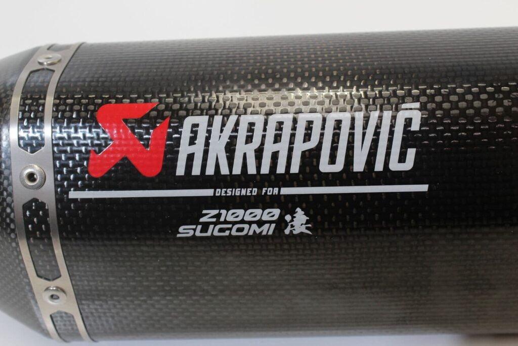 Akrapovic exhaust silencer for Kawasaki Z1000 with 凄 Sugomi character