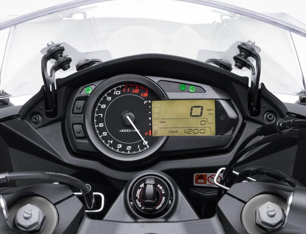 2011-2013 Kawasaki Ninja 1000 dash and console