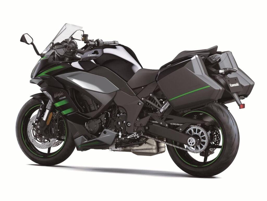 2020 2021 Kawasaki Ninja 1000 LHS view with luggage