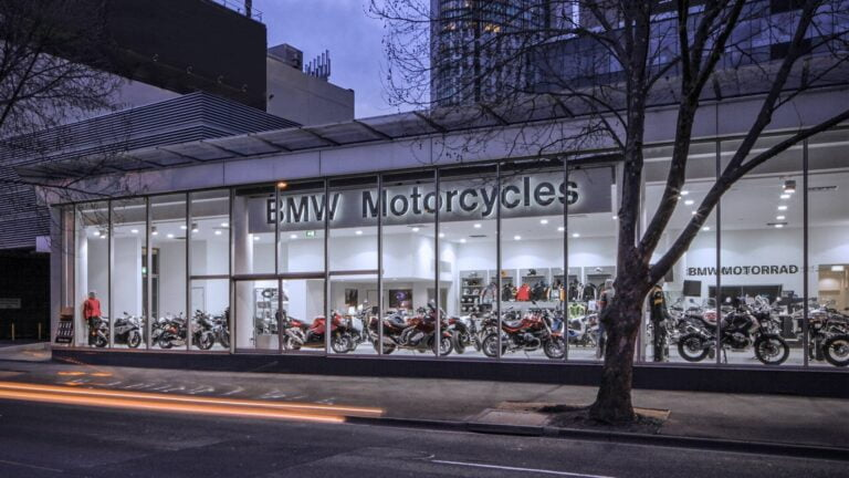 Dealers vs Private Sellers: The Case for Motorcycle Dealerships