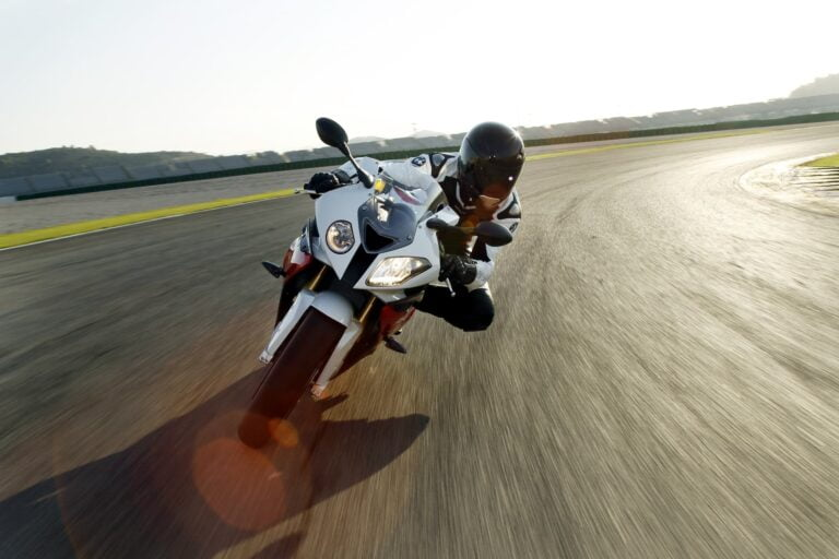 BMW S 1000 RR Buyers Guide — Speed and Sensibility