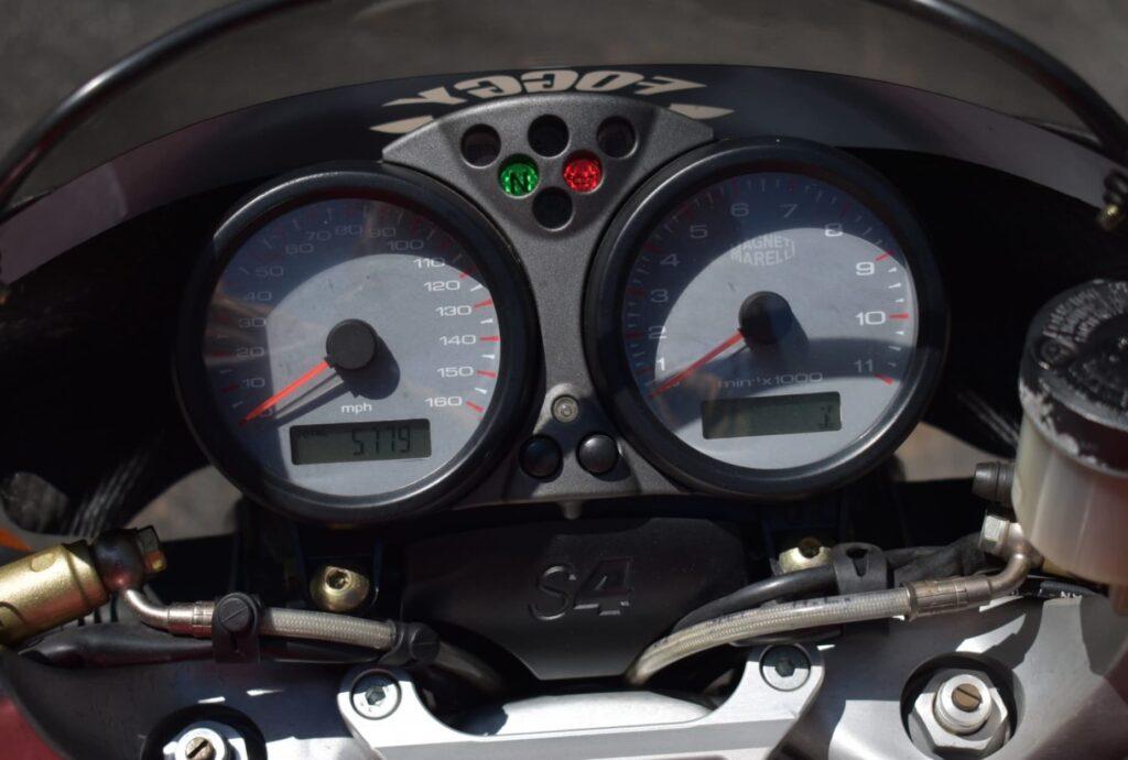 Ducati Monster S4 instrument cluster