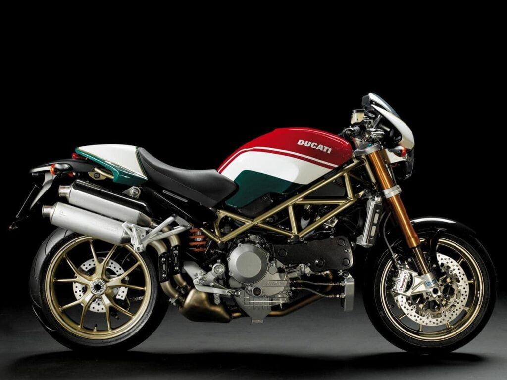 Ducati Monster S4Rs Tricolore RHS studio